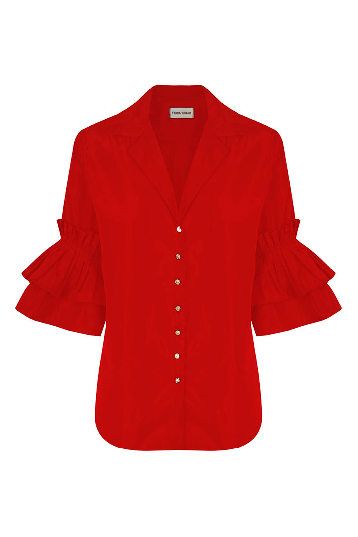 Camisa roja de volantes
