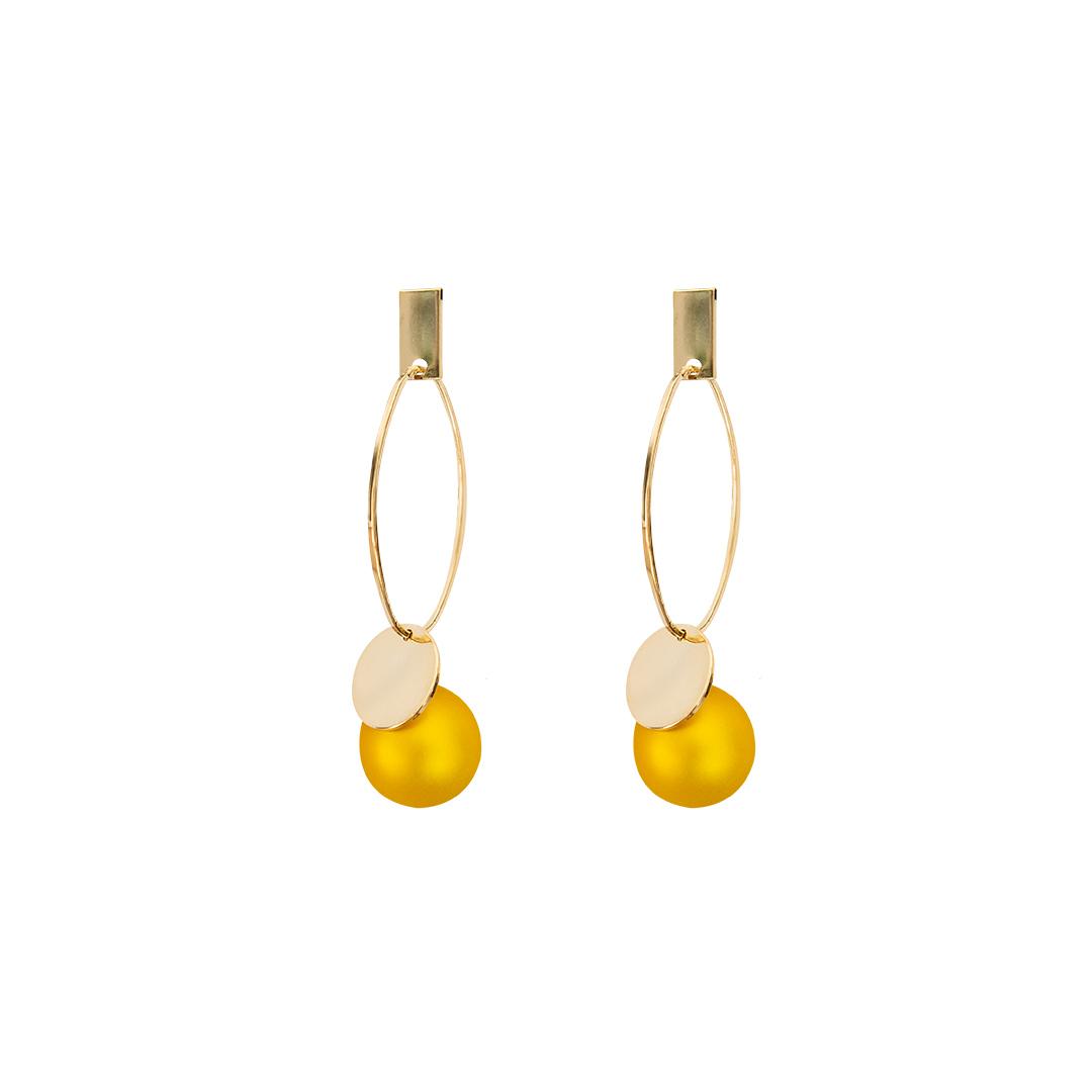 Pendientes con perla amarilla efecto velour