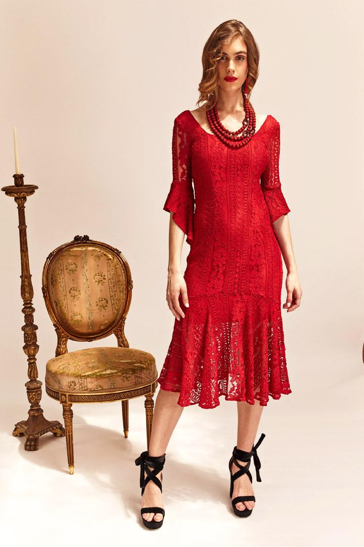 Vestido rojo encaje y volante
