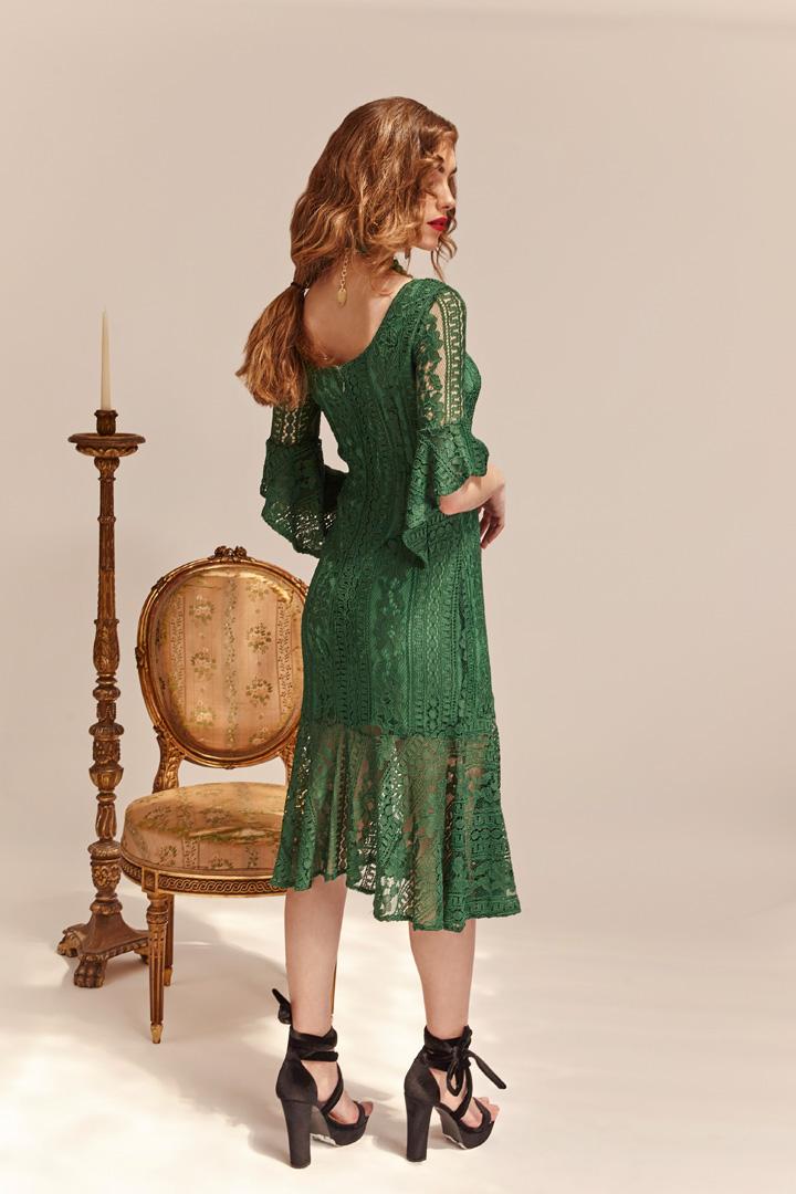 Vestido verde encaje y volante