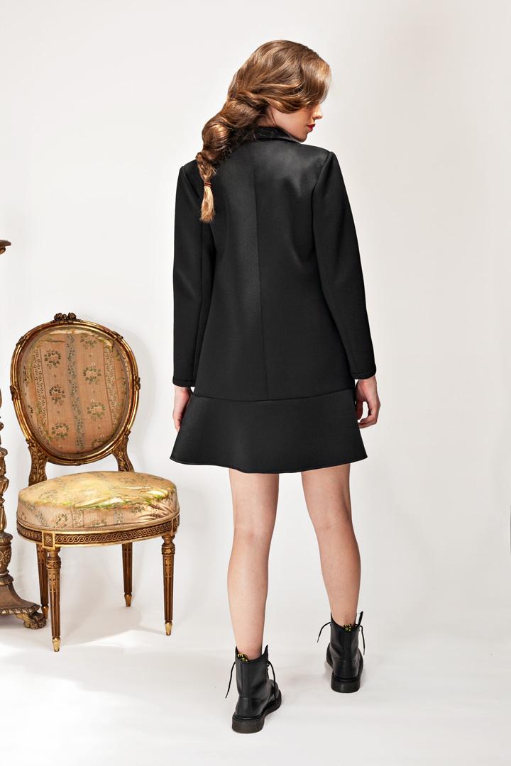 Abrigo-vestido negro de neopreno