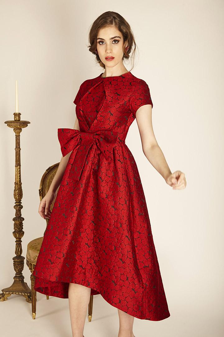 Vestido rojo brocado