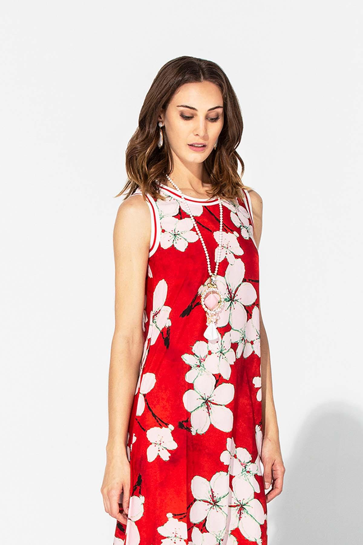 Vestido rojo largo de verano
