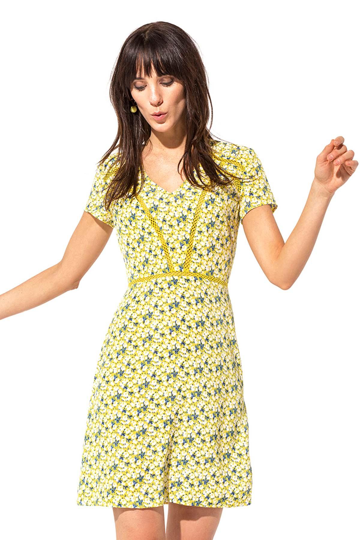Teria Yabar - Vestido de flores amarillas y azules