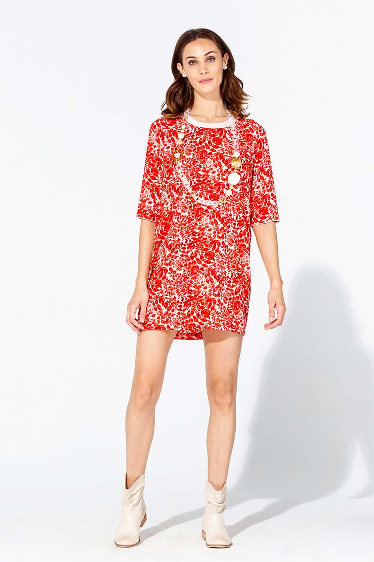 Teria Yabar - Vestido suelto de hojas rojas