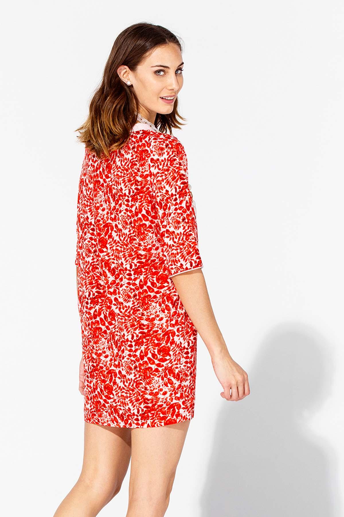Vestido suelto de hojas rojas