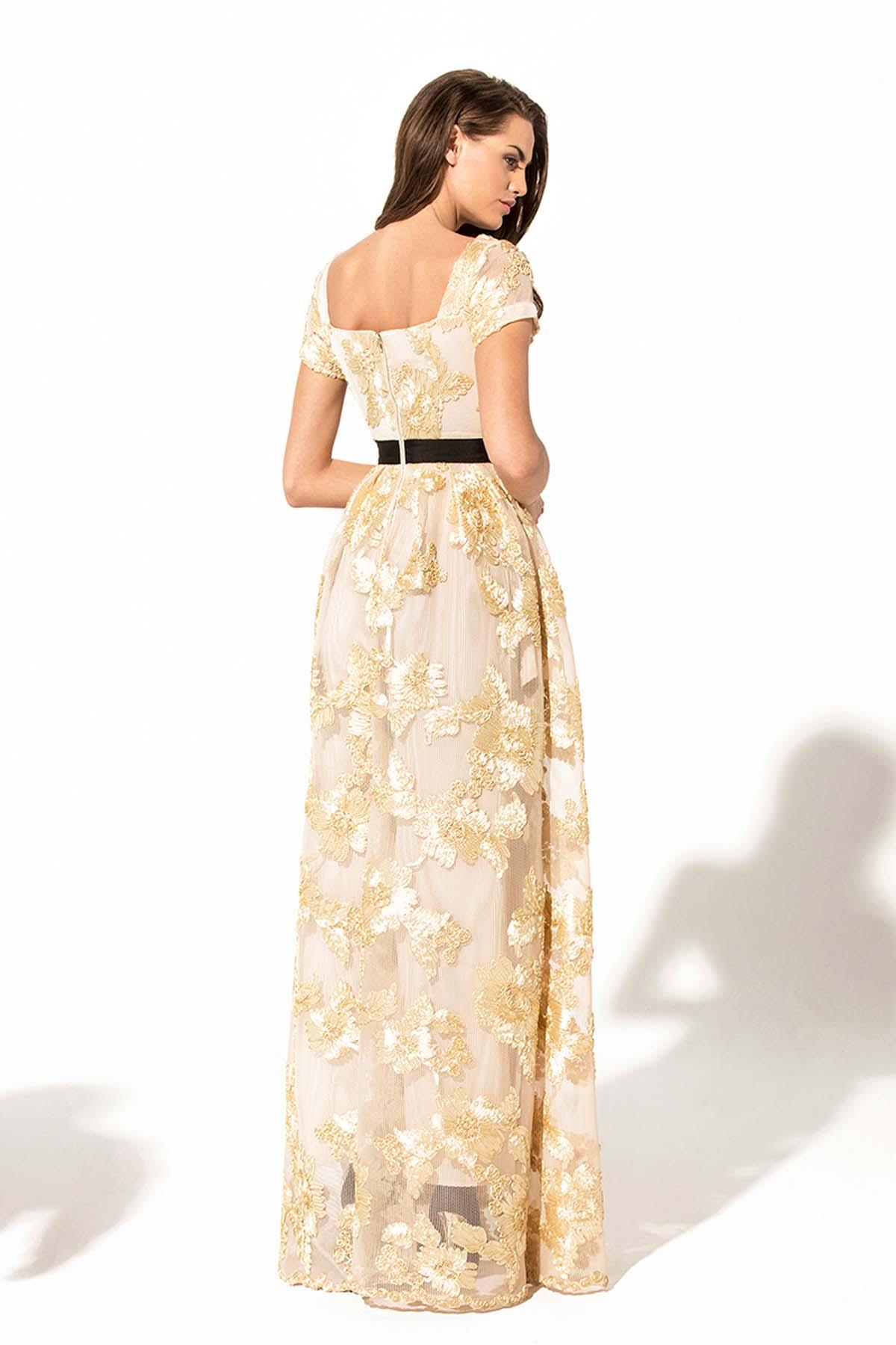 Vestido largo de flores doradas