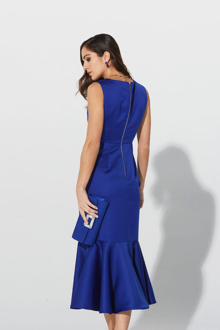 Vestido midi volantes azul