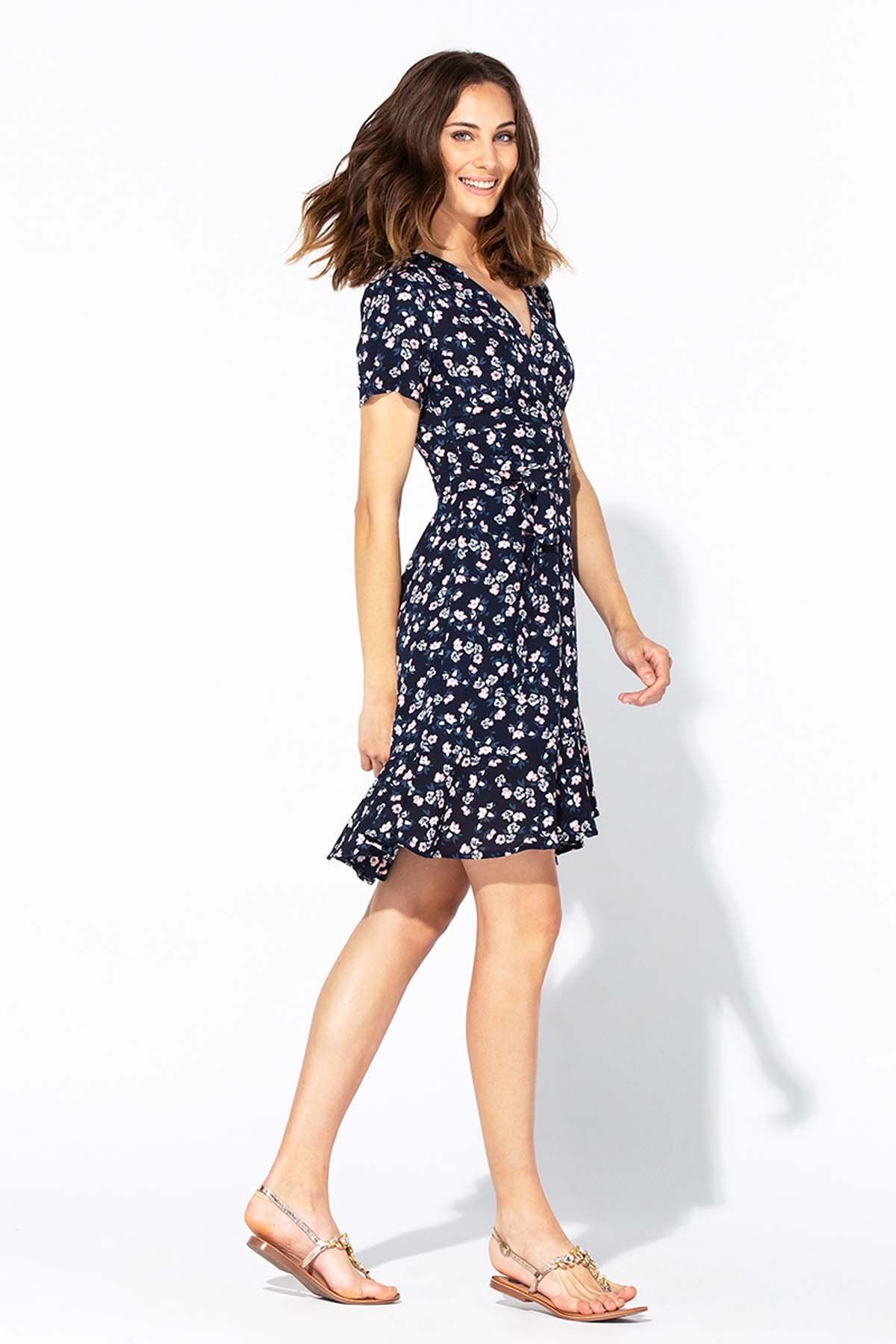 Vestido tea dress cruzado