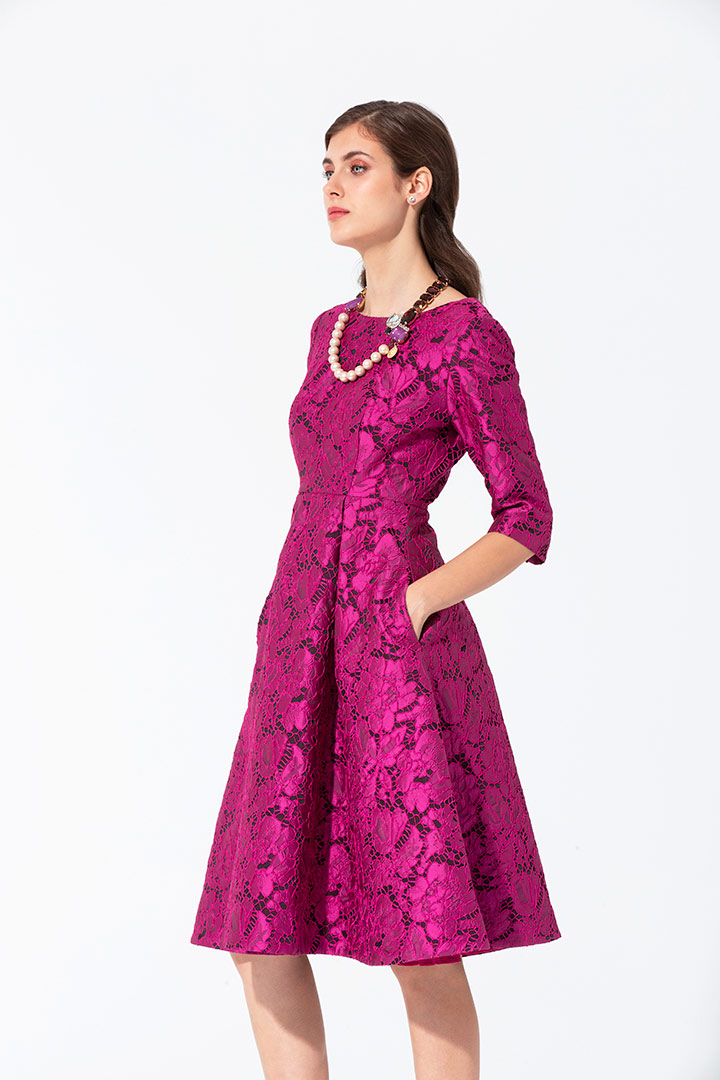 Vestido brocado estilo encaje