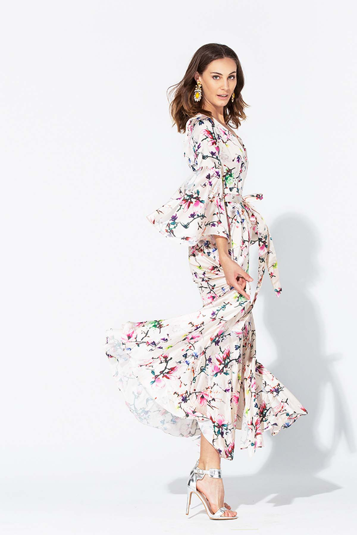 Vestido con apertura en la falda