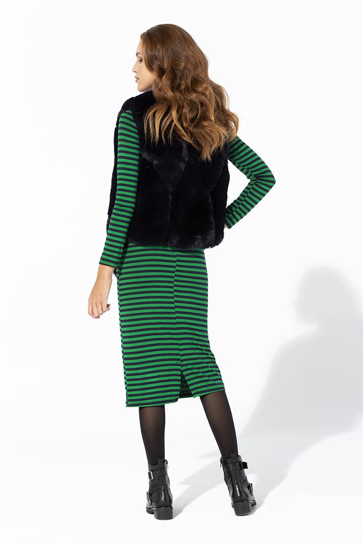 Vestido de punto a rayas verdes y negras