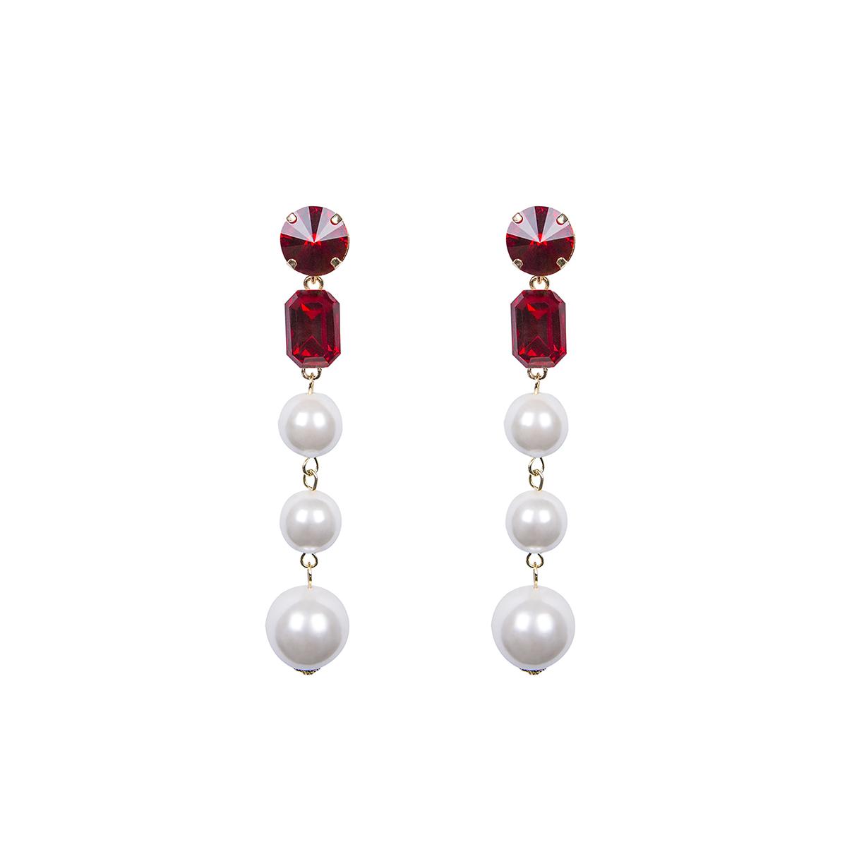 Teria Yabar - Pendientes de perlas y cristal rojo