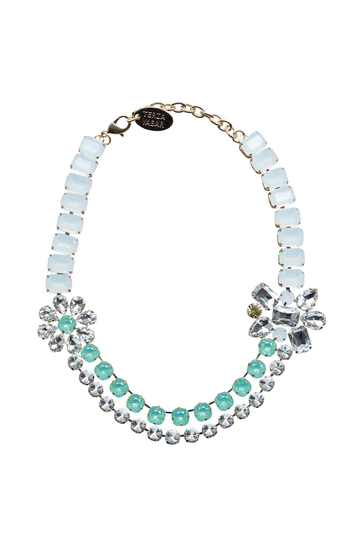 Teria Yabar - Collar joya de cristal y resina verde agua