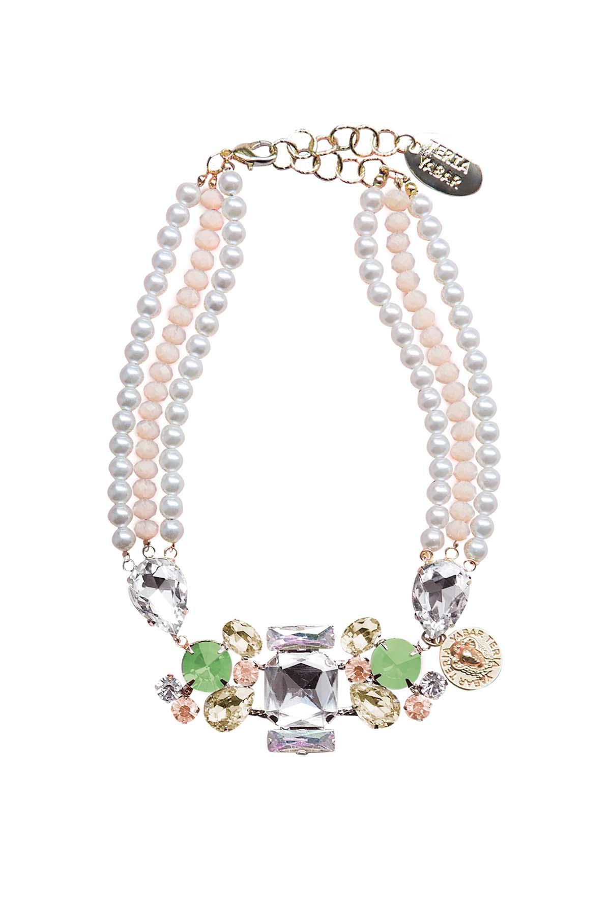 Teria Yabar - Collar de perlas blancas y verde agua