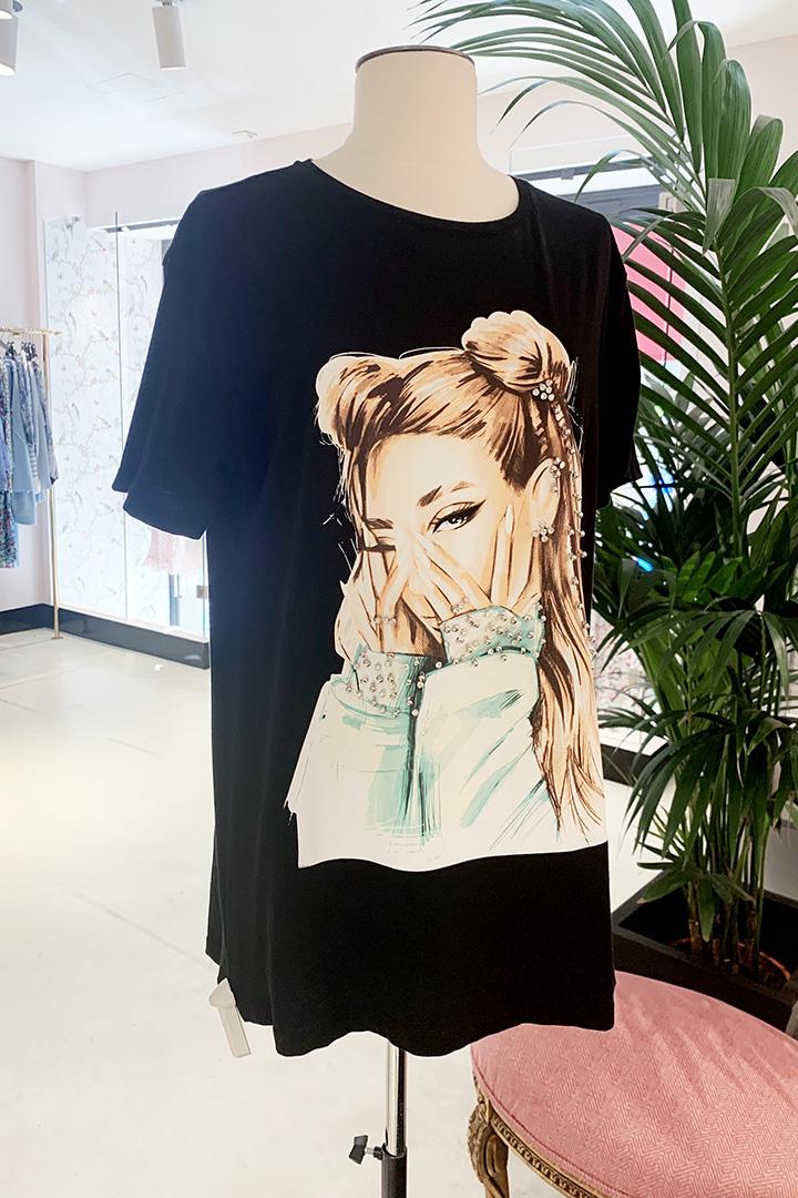 Camiseta Moñitos Negra Teria Yabar