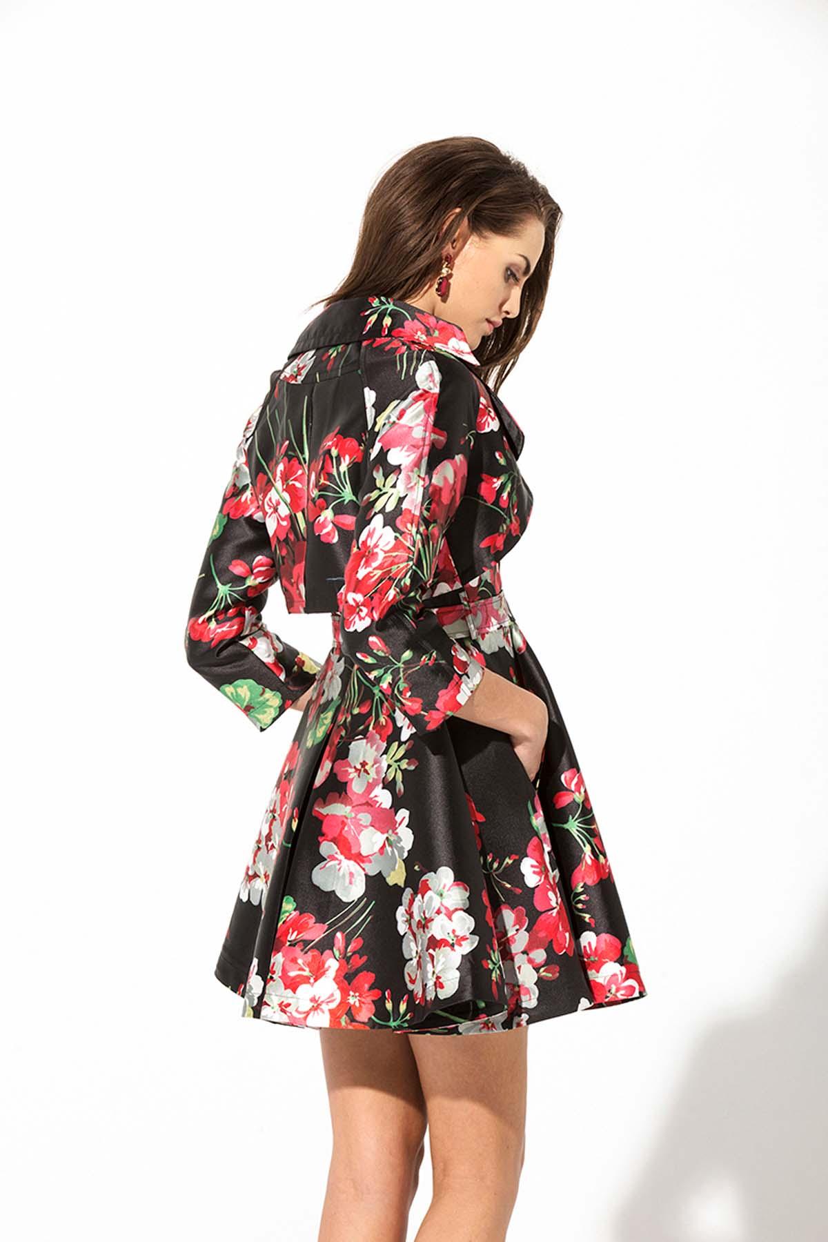 Gabardina trench o vestido