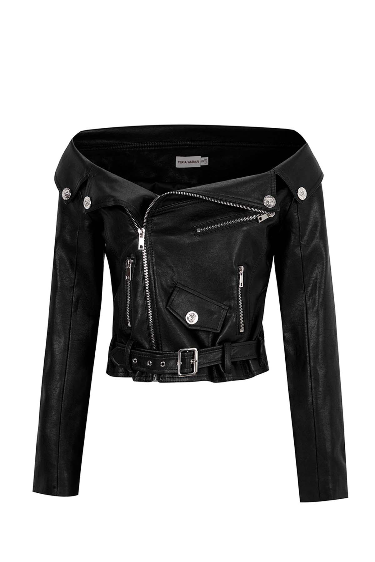 Teria Yabar - Biker negra