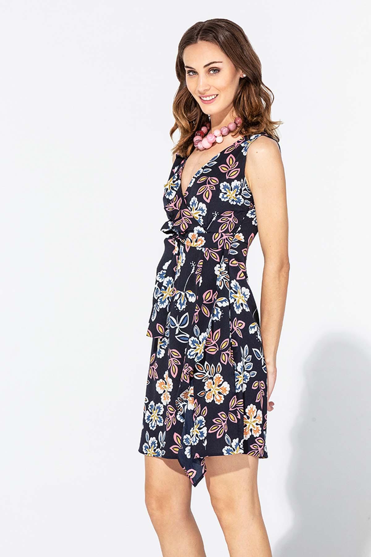 Vestido de flores sin mangas
