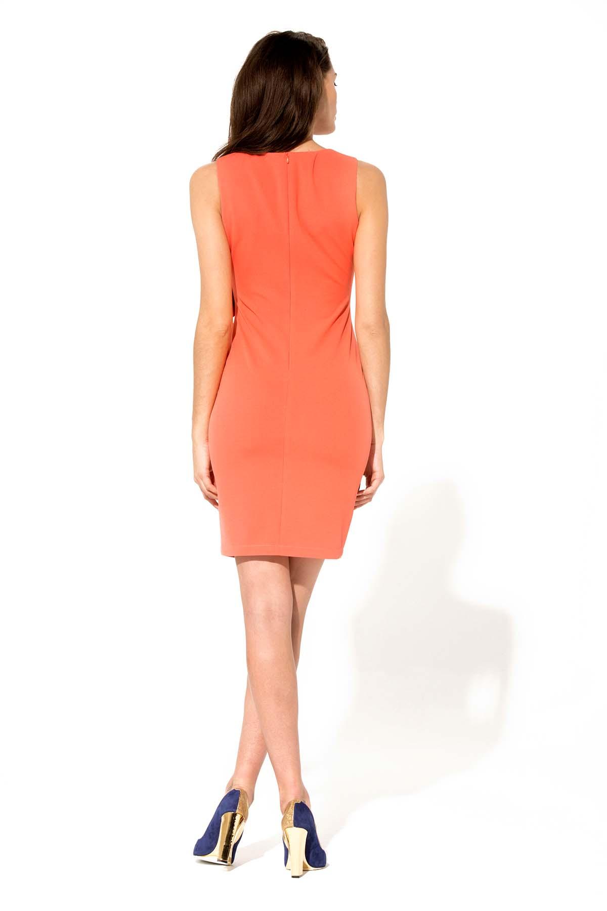 Vestido ajustado de color salmón Teria Yabar - Vestido ajustado de color salmón