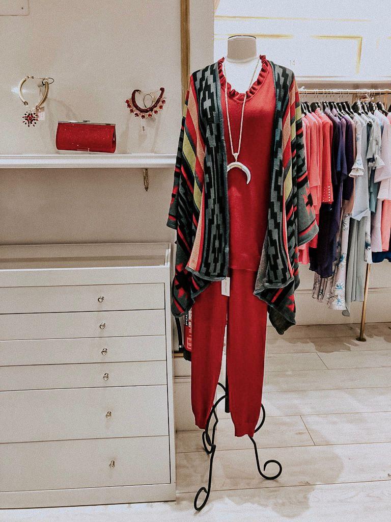 Conjunto Abu Dhabi Rojo Teria Yabar